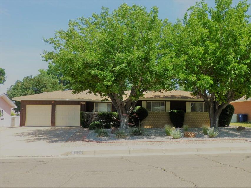 6605 Rogers Avenue NE, Albuquerque, NM 87110