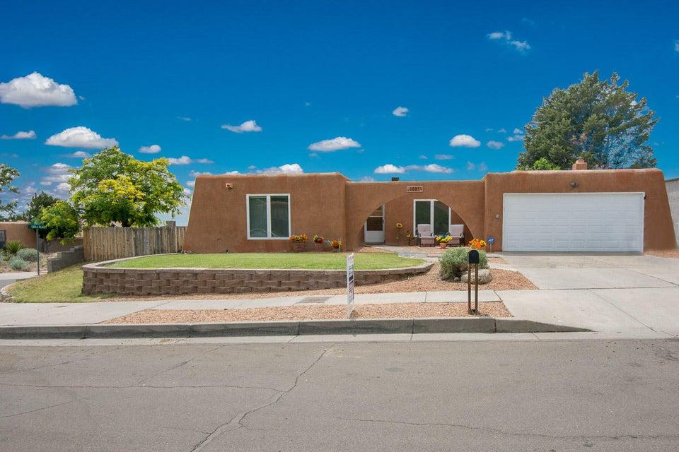 4005 Lara Drive NE, Albuquerque, NM 87111