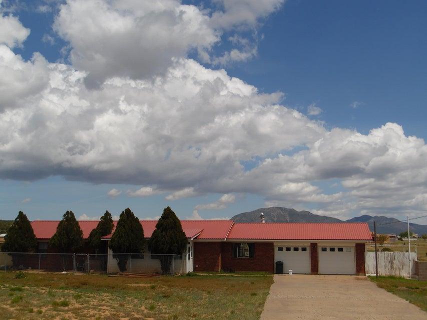 5 Calaway Road, Edgewood, NM 87015