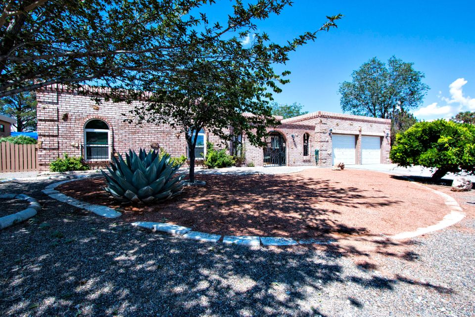 3909 Torrey Pines Road SE, Rio Rancho, NM 87124