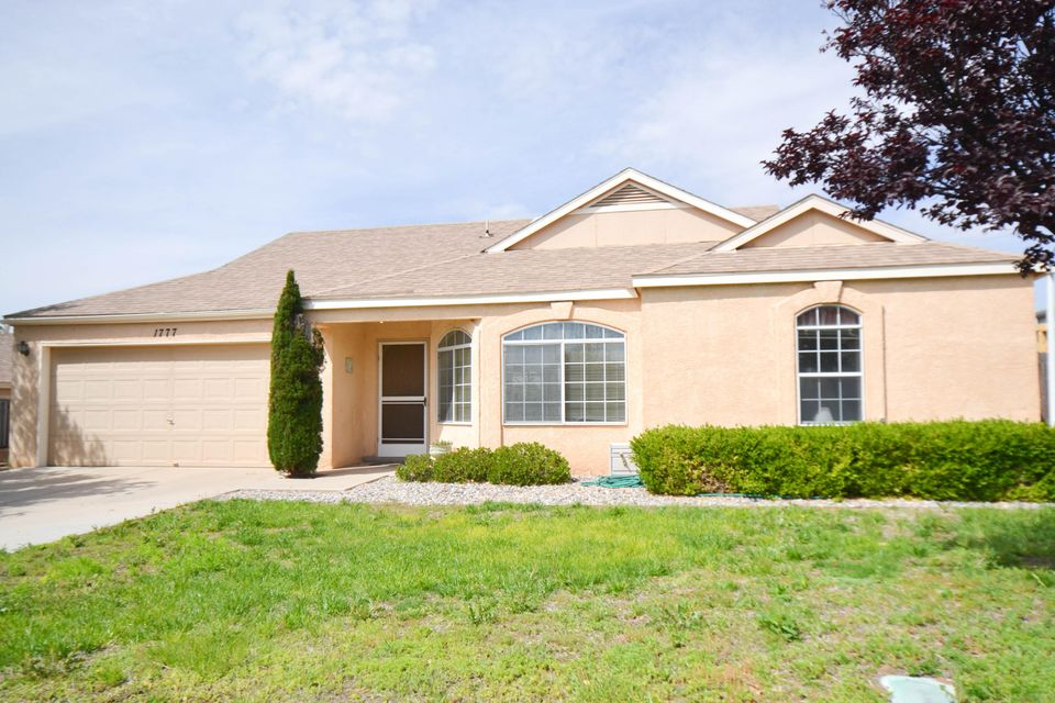 1777 Blueberry Drive NE, Rio Rancho, NM 87144