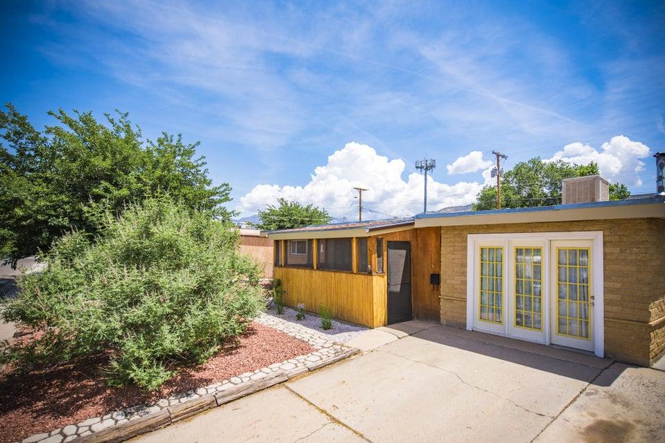 1232 Muriel Street NE, Albuquerque, NM 87112