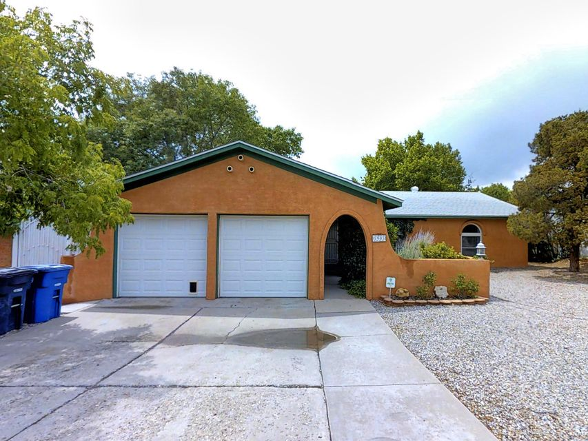 1905 Paige Place NE, Albuquerque, NM 87112