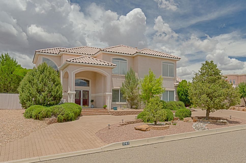 1761 Black River Drive NE, Rio Rancho, NM 87144