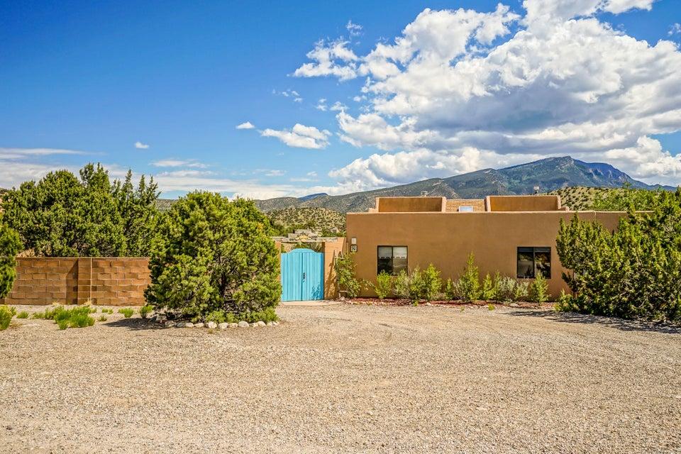 2 Trigo Road, Placitas, NM 87043