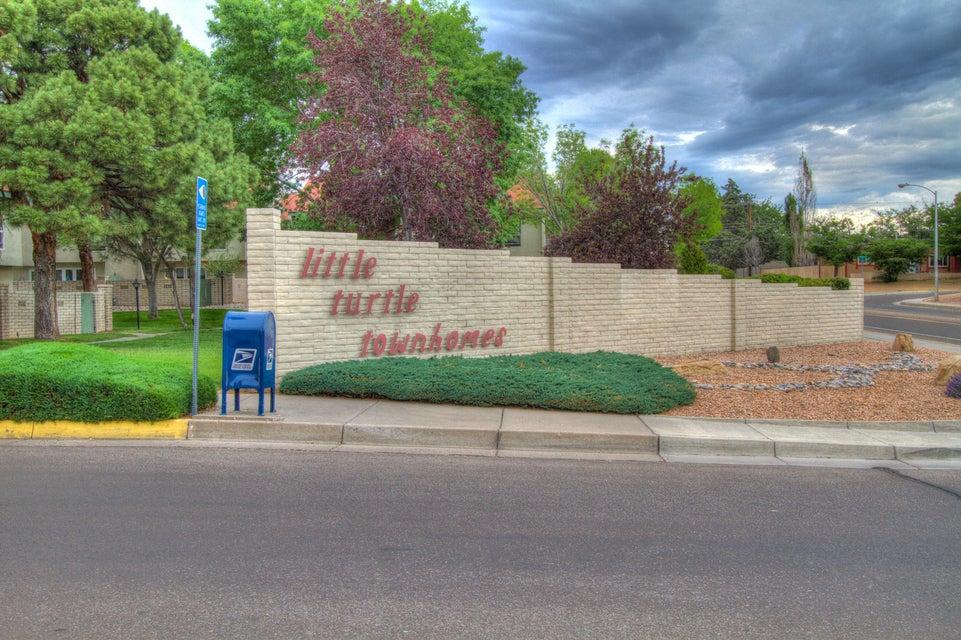 7544 Prairie Road NE, Albuquerque, NM 87109