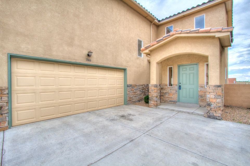 13616 Mountain West Court SE, Albuquerque, NM 87123