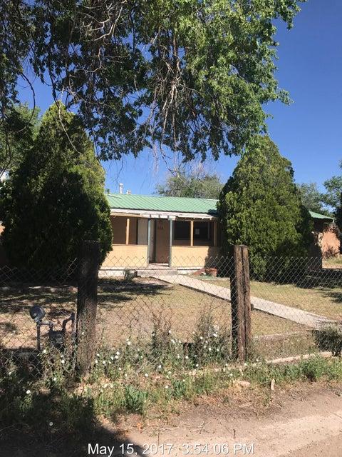 636 Monte Vista Drive NE, Los Lunas, NM 87031