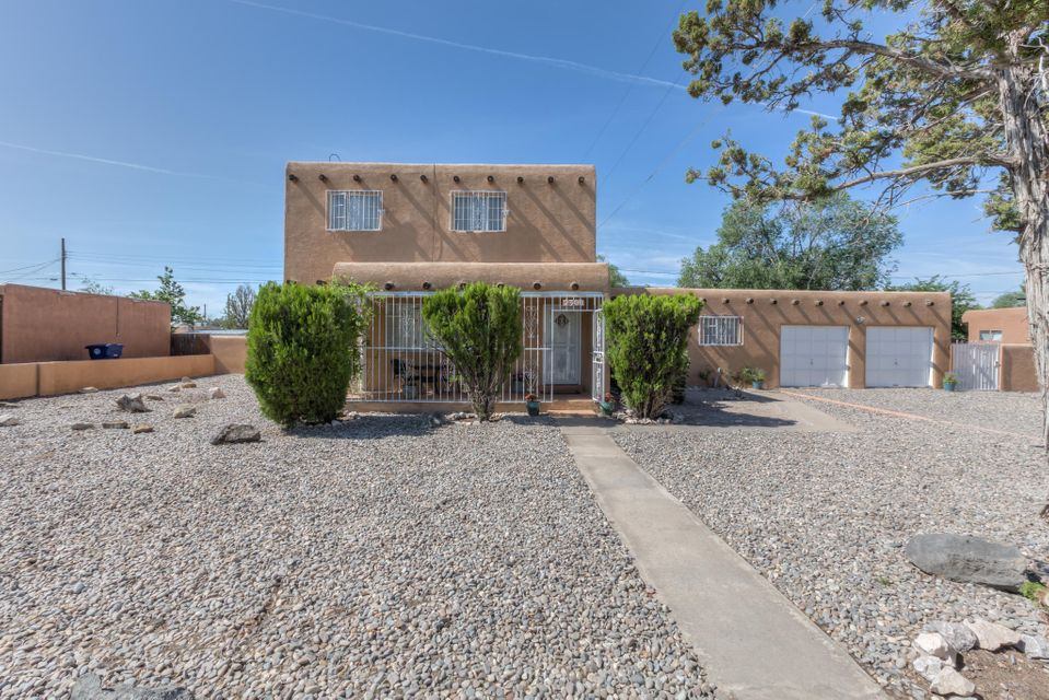 2308 Beryl Court NW, Albuquerque, NM 87104
