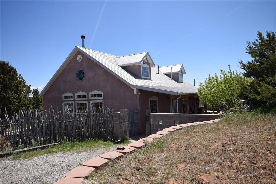 36 Babalos Drive, Tijeras, NM 87059