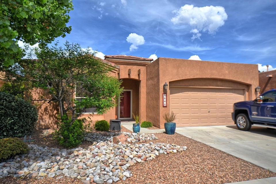 7644 Calle Carisma NE, Albuquerque, NM 87113