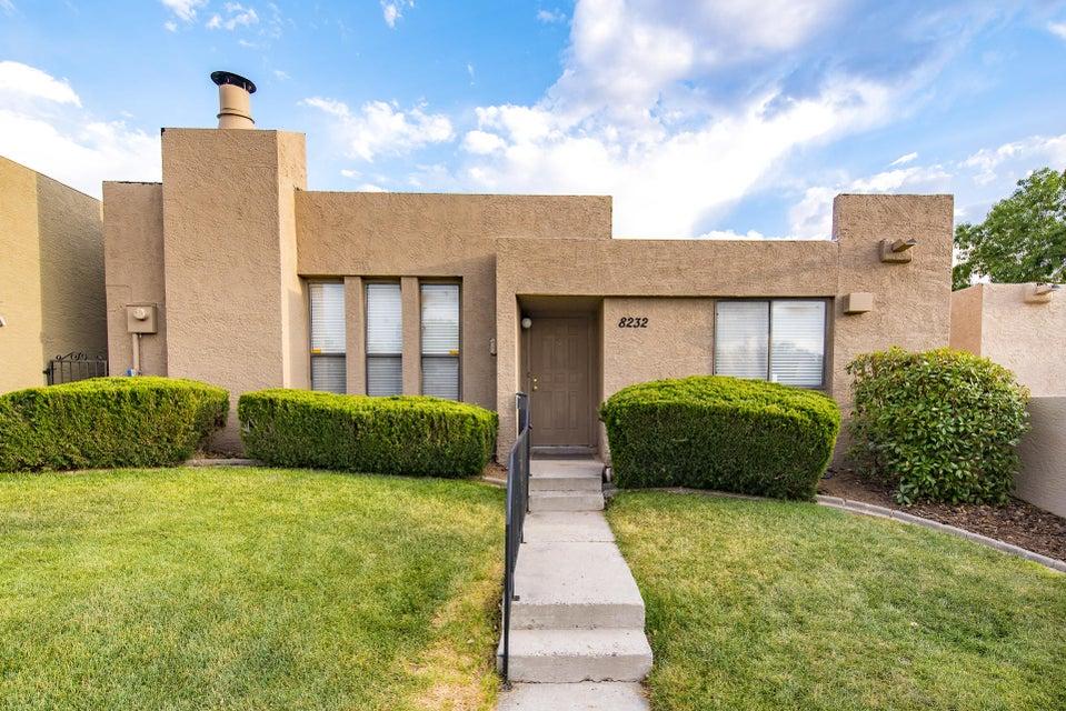 8232 Parrot Run Road NE, Albuquerque, NM 87109