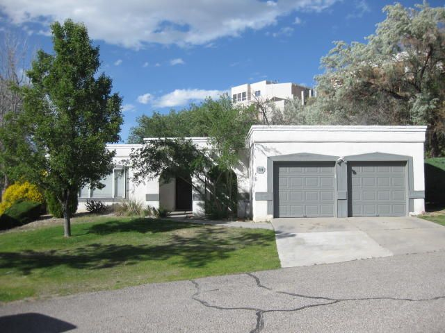 713 Fennel Court SE, Albuquerque, NM 87123
