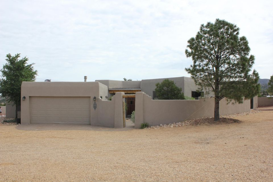 10 Camino Del Rincon Colorado, Placitas, NM 87043