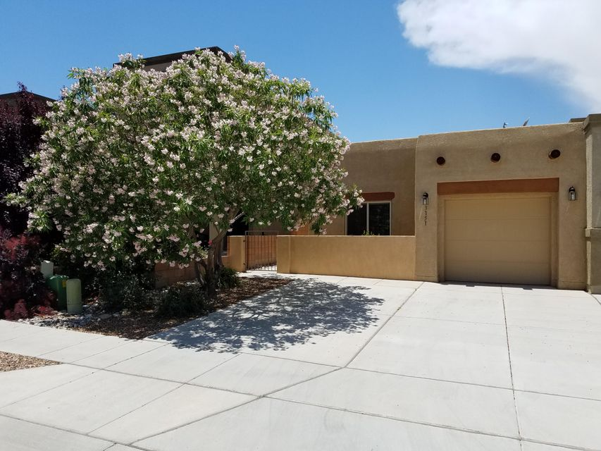 3151 Erratic Street SW, Albuquerque, NM 87121