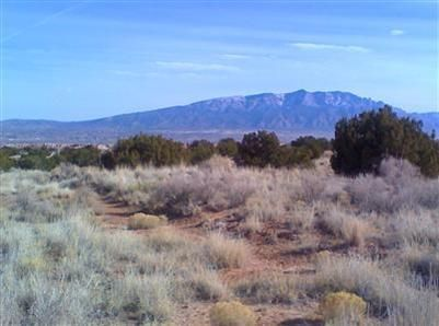 5620 Kennard Road NE, Rio Rancho, NM 87144