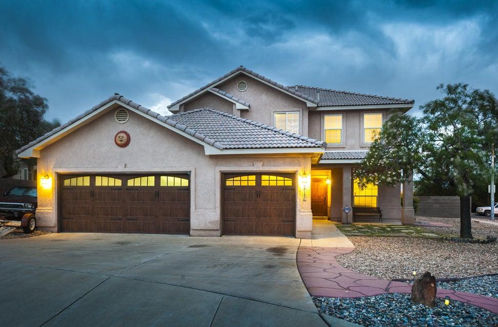 5715 La Colonia Drive NW, Albuquerque, NM 87120