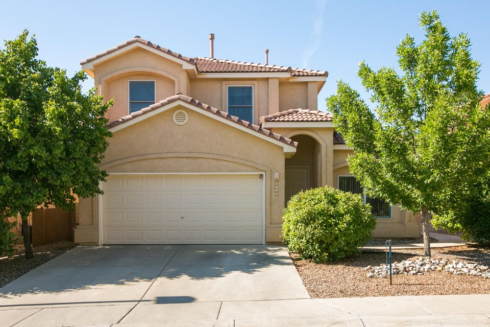 9209 Bluewood Lane NE, Albuquerque, NM 87122