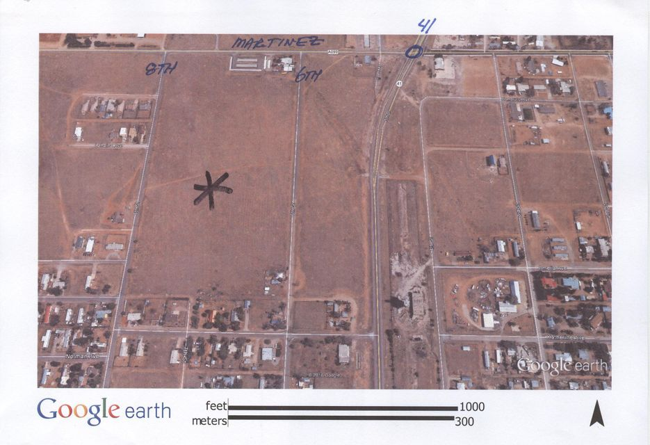 8th St/Lahina Ave, Moriarty, NM 87035
