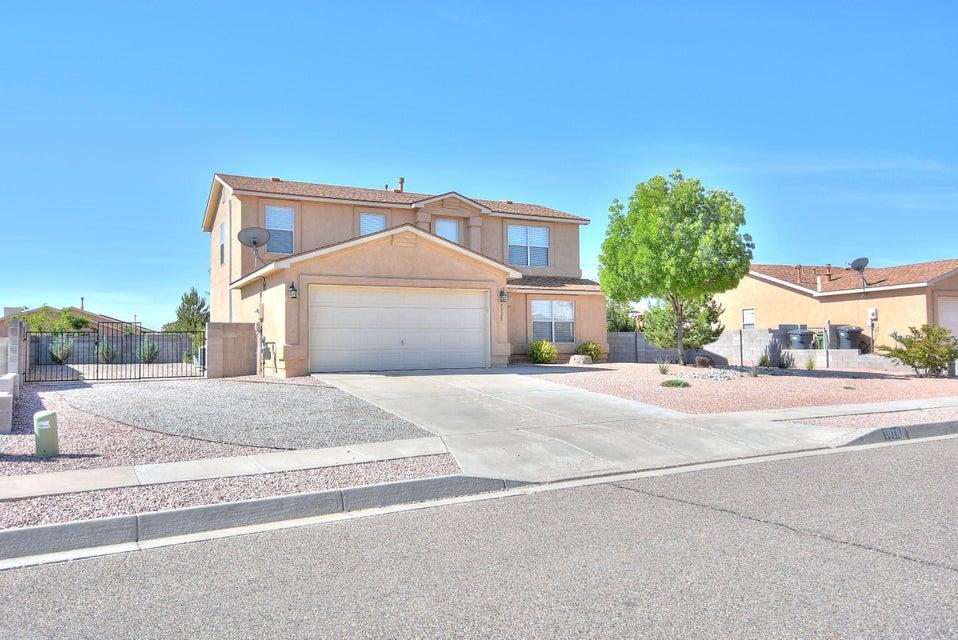 5028 Woodhaven Drive NE, Rio Rancho, NM 87144