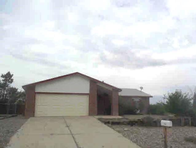 736 Spur Road SE, Rio Rancho, NM 87124