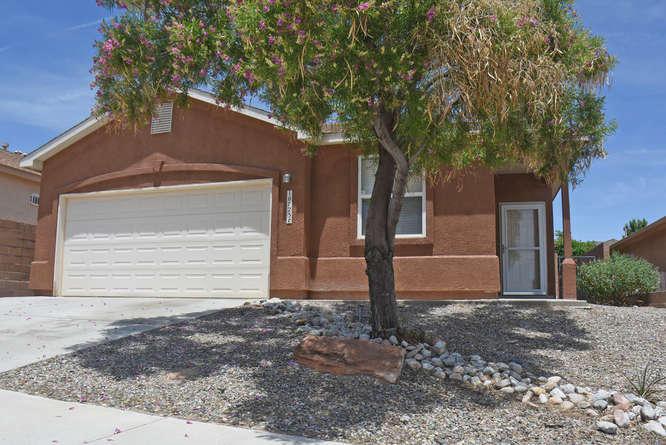 10723 Pipestone Road SW, Albuquerque, NM 87121