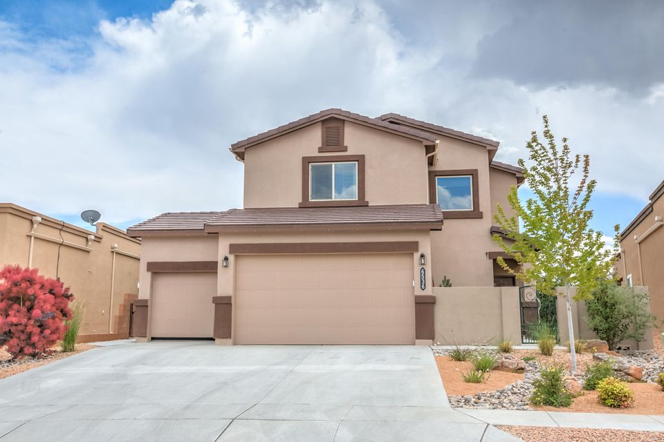 6536 Cliff Dweller Road NW, Albuquerque, NM 87114