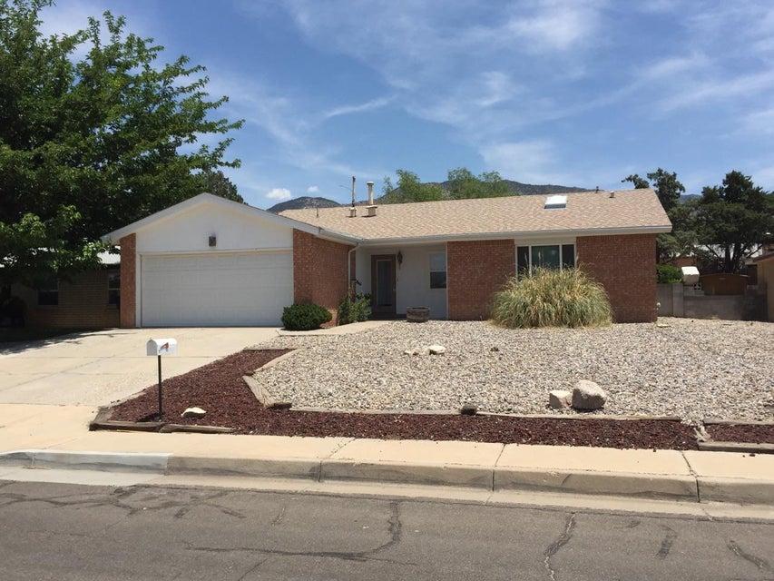 2408 Zena Lona Street NE, Albuquerque, NM 87112