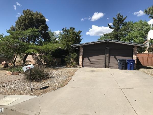12017 Elvin Place NE, Albuquerque, NM 87112
