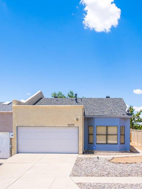 6909 Black Pine Place NE, Albuquerque, NM 87109