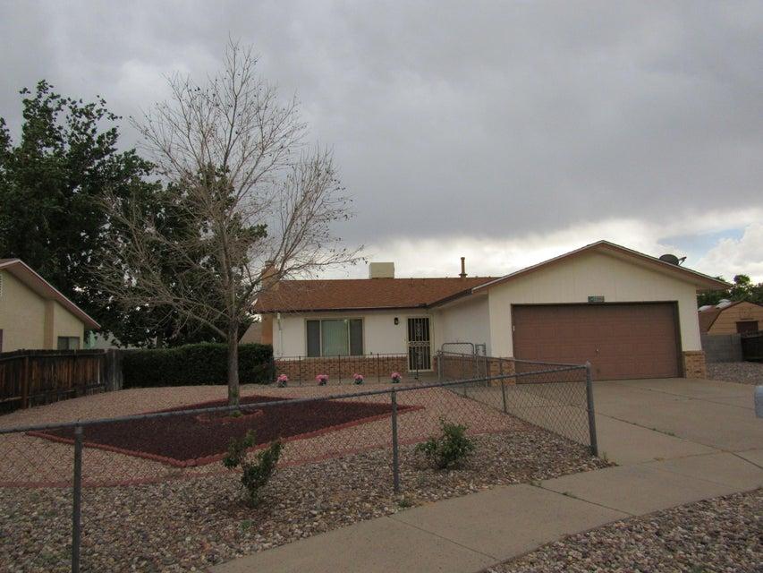 3908 75Th Street NW, Albuquerque, NM 87120