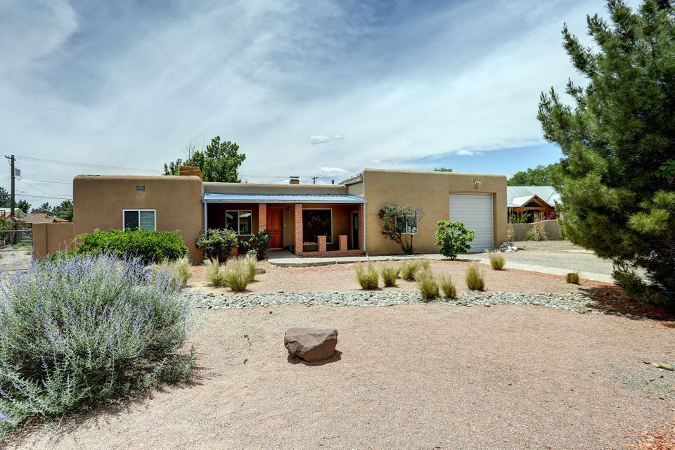 424 Gavilan Place NW, Albuquerque, NM 87107