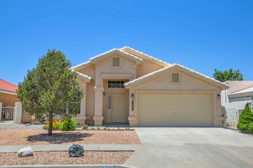 11224 Herman Roser Avenue SE, Albuquerque, NM 87123