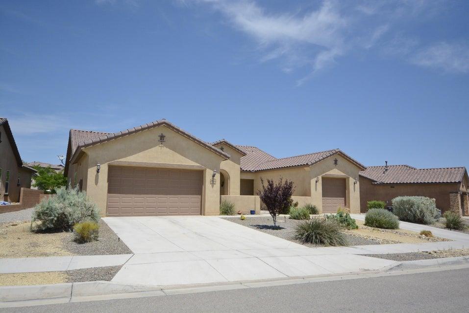 3911 Linda Vista Avenue NE, Rio Rancho, NM 87124