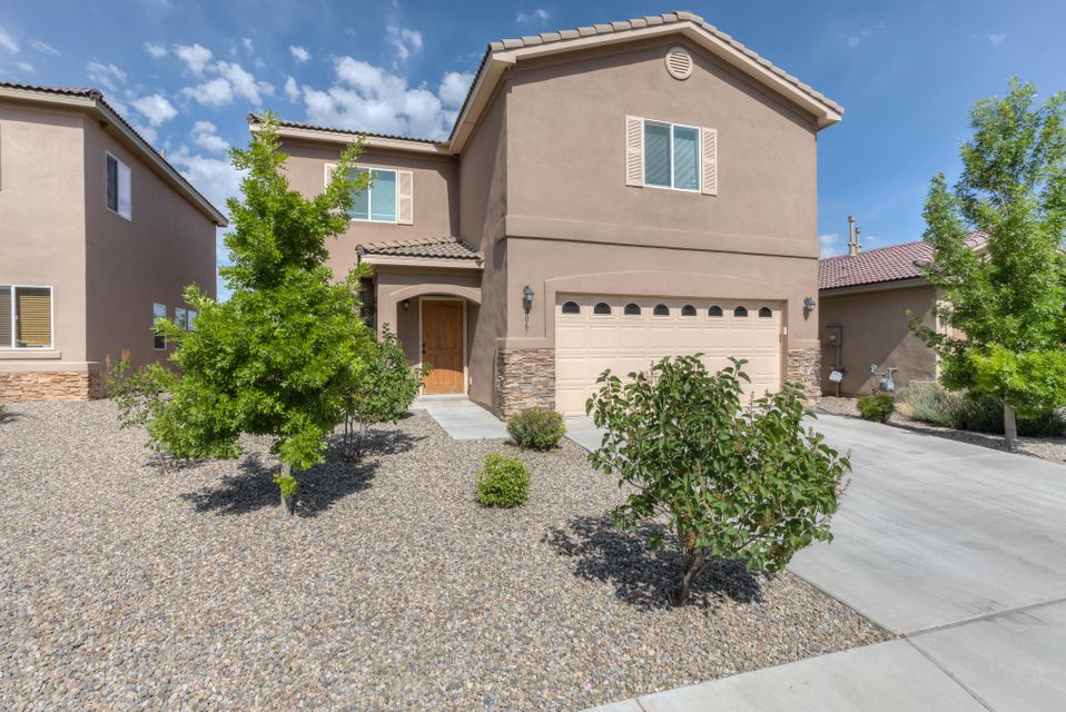 2067 Maywood Drive SE, Albuquerque, NM 87123