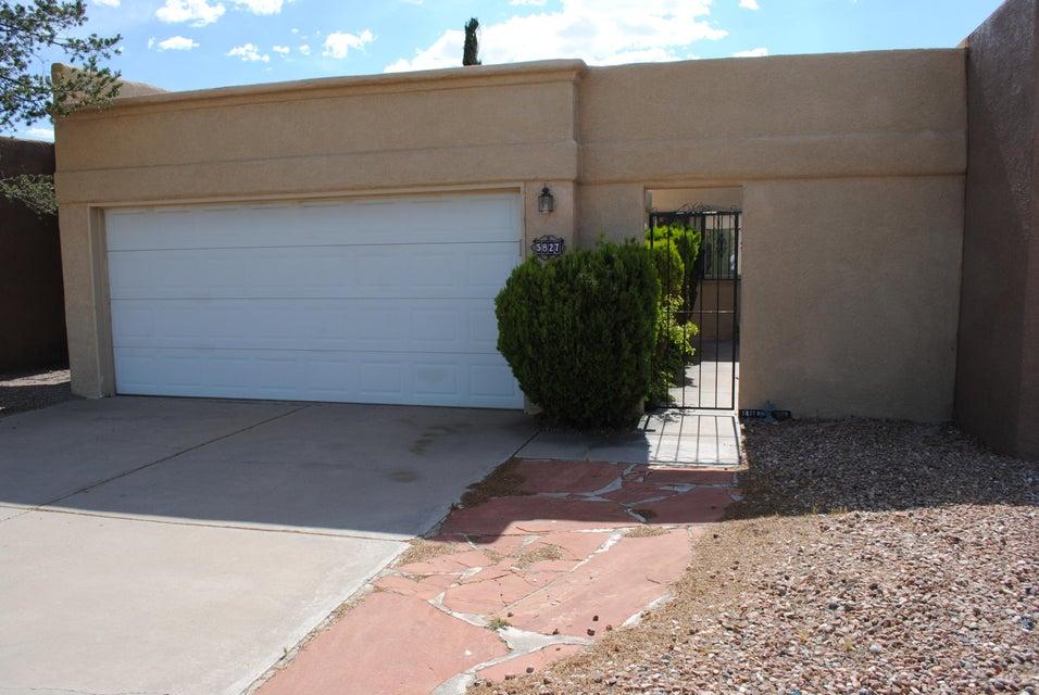 5827 Knollwood Drive NE, Albuquerque, NM 87109