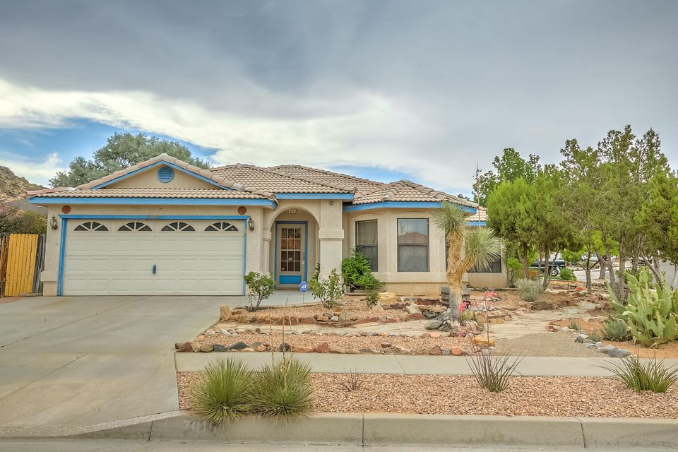 7015 Snapdragon Road NW, Albuquerque, NM 87120