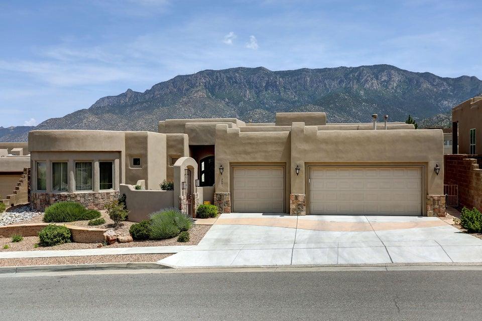 13501 Piedra Grande Place NE, Albuquerque, NM 87111