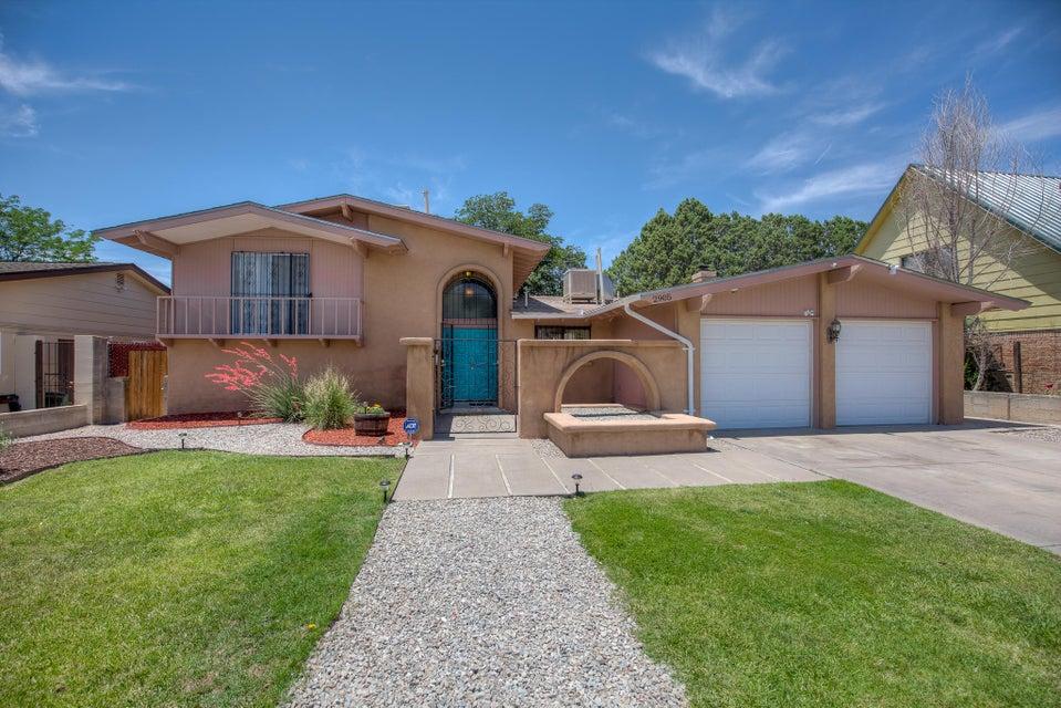 2905 Indiana Street NE, Albuquerque, NM 87110