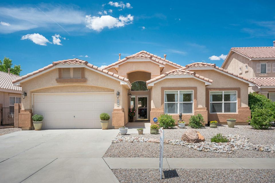 6015 Sipapu Avenue NW, Albuquerque, NM 87120
