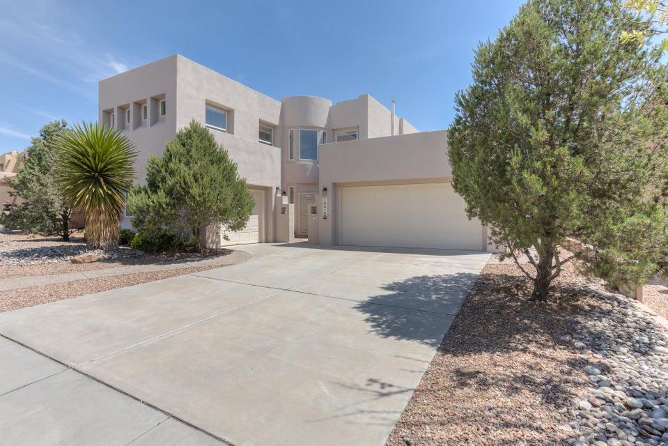 10916 Farola Drive NW, Albuquerque, NM 87114