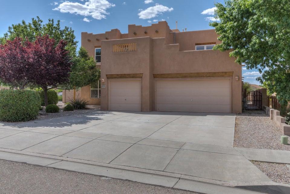 10701 Flagstone Place NW, Albuquerque, NM 87114
