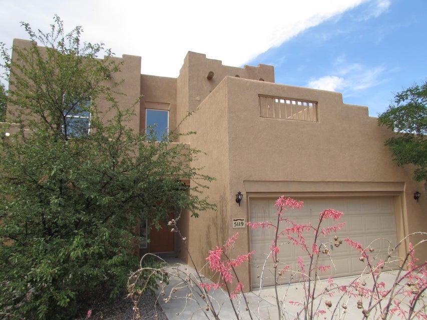 5119 Pebble Road NW, Albuquerque, NM 87114