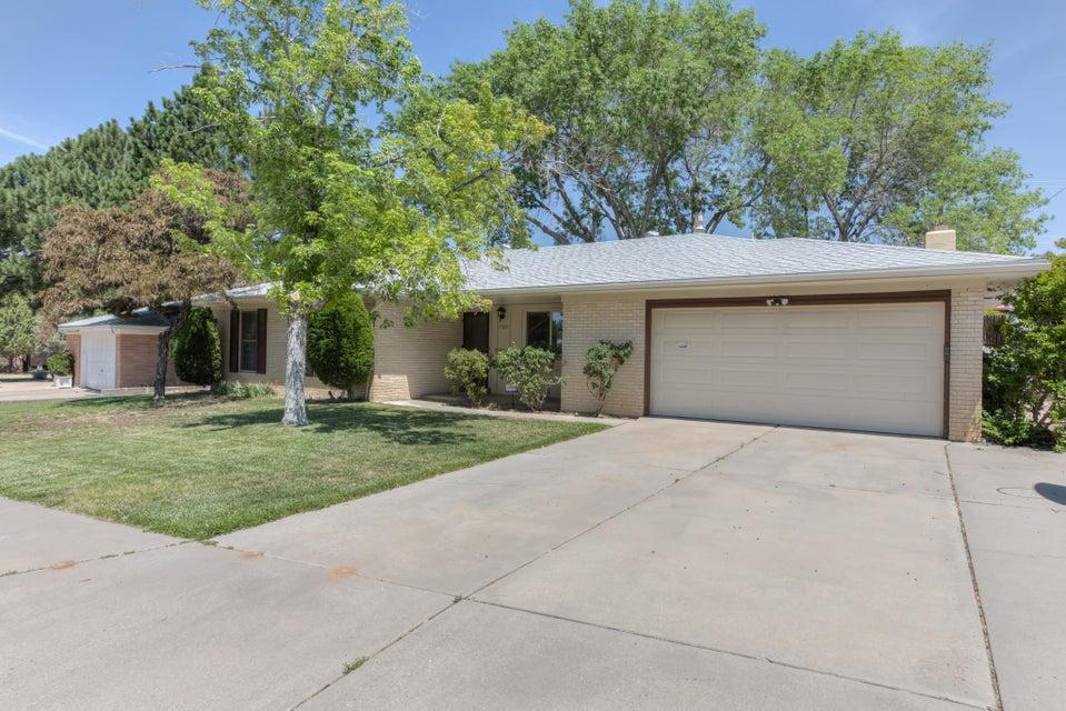 7107 Kathleen Avenue NE, Albuquerque, NM 87110