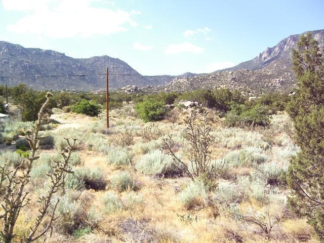 1 Atanacio Road NE, Albuquerque, NM 87123
