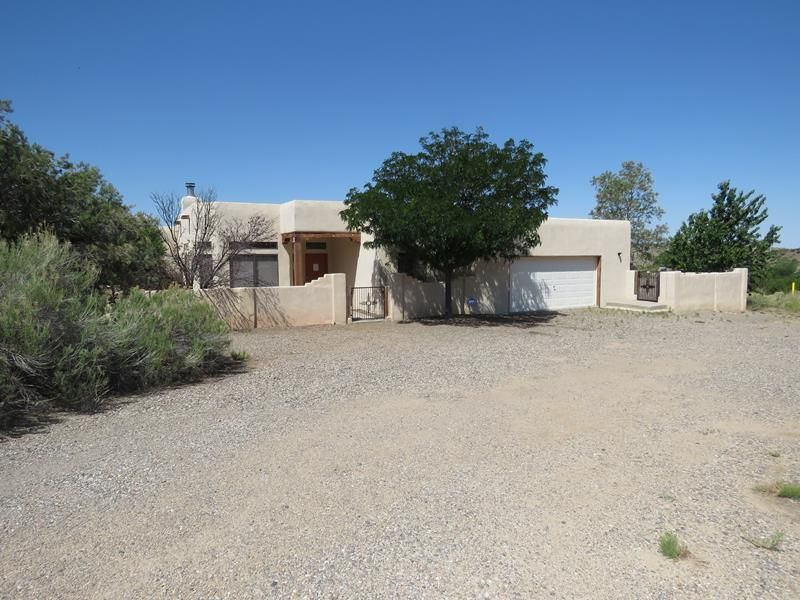 3 Martin Road, Placitas, NM 87043