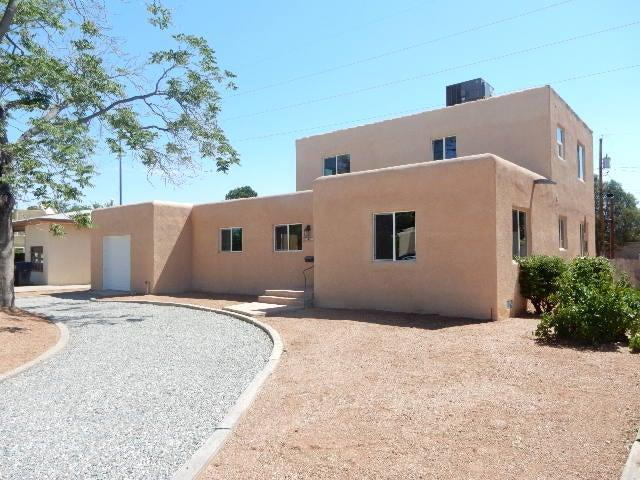1026 Vassar Drive NE, Albuquerque, NM 87106