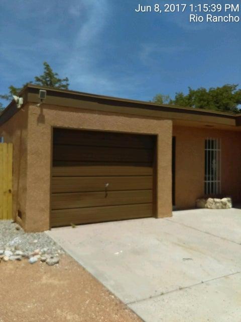 4605 Sabana Grande Avenue SE, Rio Rancho, NM 87124
