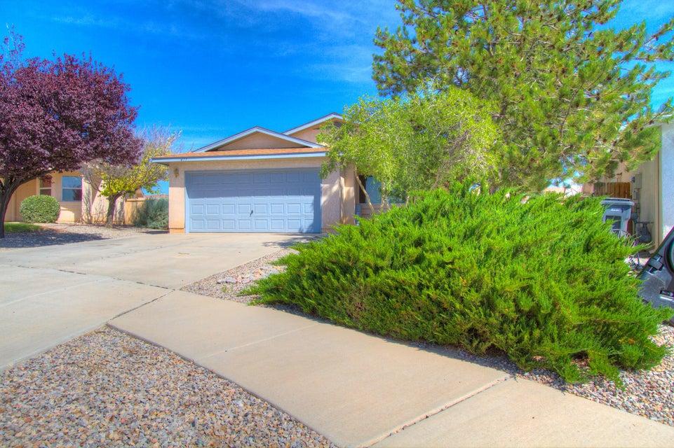 477 Cimarron Meadows Court NE, Rio Rancho, NM 87144