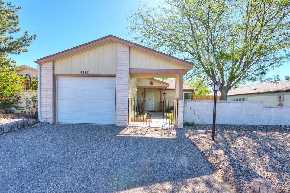 4838 Platinum Loop NE, Rio Rancho, NM 87124